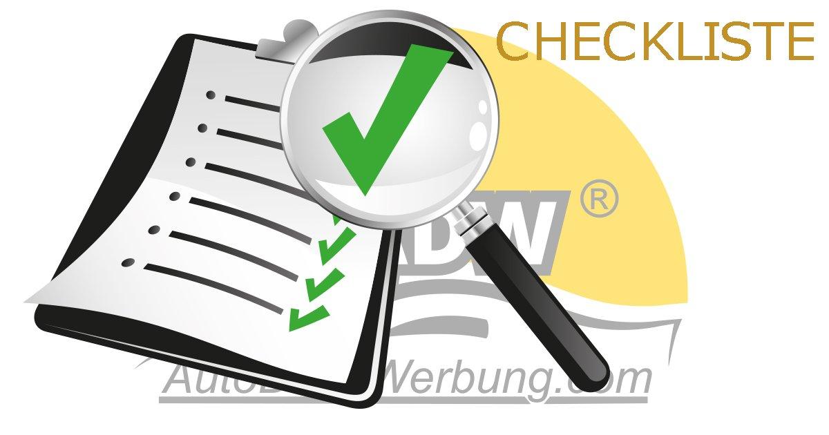 Checkliste zur sicheren Anwendung einer magnetischen Autodachwerbung.